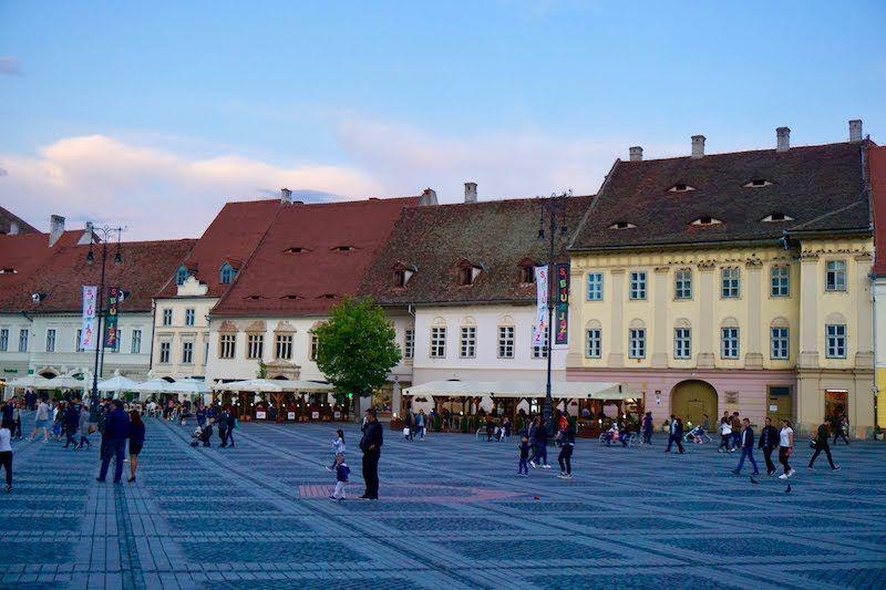 La plaza grande, Sibiu