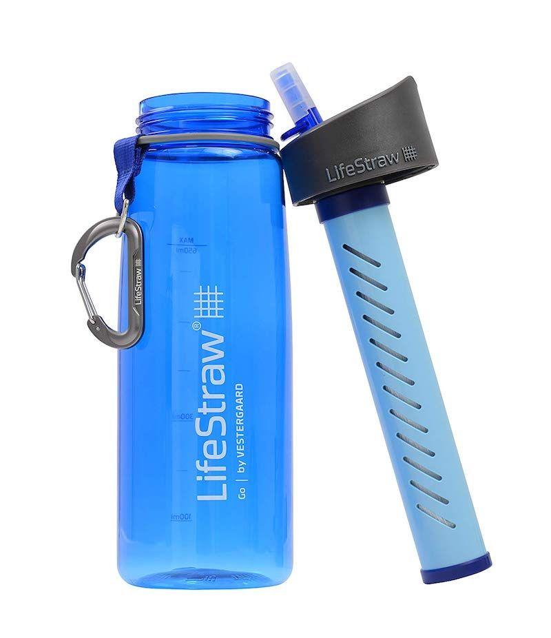 ¡Inventazo del siglo! Una botella que te purifica el agua allá donde vayas y te evita andar cargando con botellas de agua en un trekking de varios días, además de ser mucho sostenible.