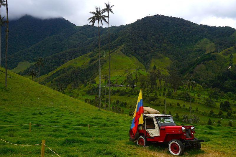 El Willy, el medio de transporte por excelencia del eje cafetero, en el Valle del Cocora.