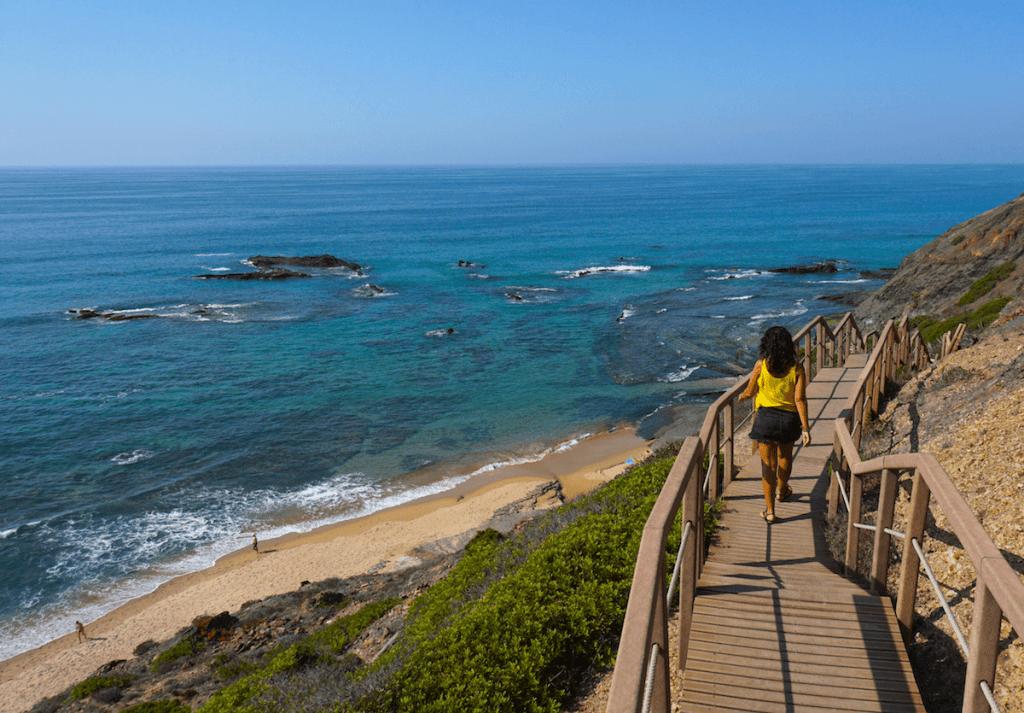 As 30 melhores praias do Alentejo e da Costa Vicentina em Portugal: uma rota de norte a sul